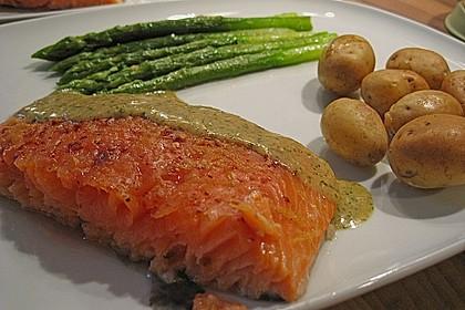 Warm geräucherter Lachs mit Kräuter - Vinaigrette 2