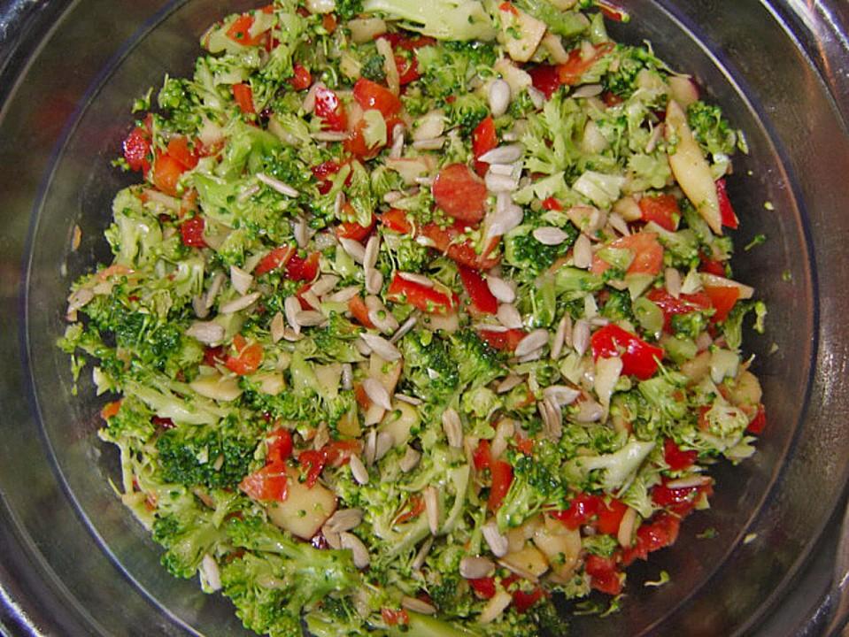 Brokkoli-Paprika-Apfel-Salat von Kuchen-Traum   Chefkoch