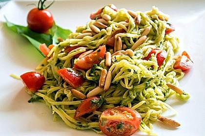 Spaghetti mit Bärlauchcreme