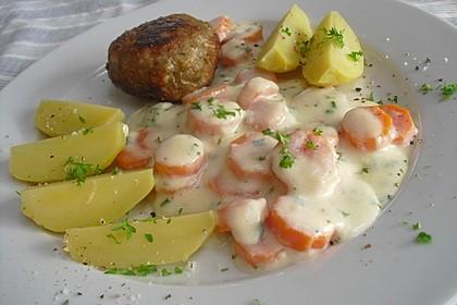 Karotten in weißer Sauce
