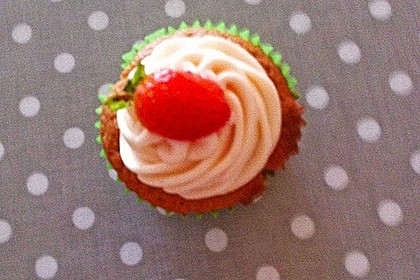 Strawberry-Cupcakes 7