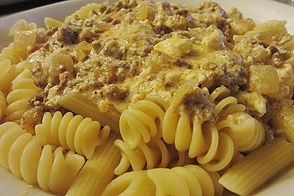 Nudeln mit Joghurt - Schafskäse - Sauce 1