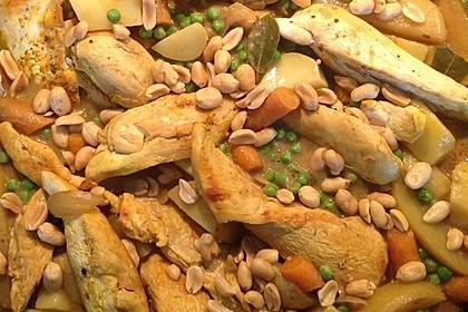 Hähnchen mit Erdnuss (Bild)