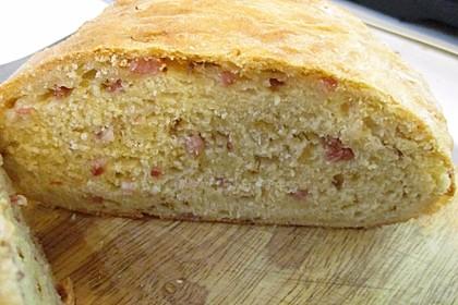 Zwiebel-Käse-Schinken-Brot 22