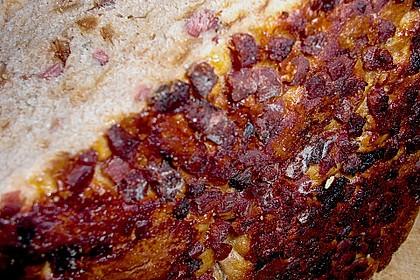 Zwiebel-Käse-Schinken-Brot 98