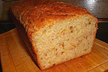 Zwiebel-Käse-Schinken-Brot 35