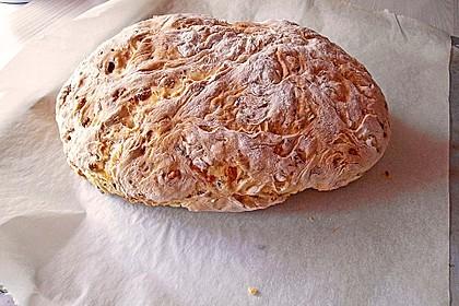 Zwiebel-Käse-Schinken-Brot 79