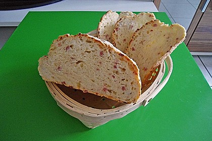 Zwiebel-Käse-Schinken-Brot 91