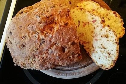 Zwiebel-Käse-Schinken-Brot 25