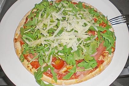 Rucola - Pizza mit Parmaschinken 13