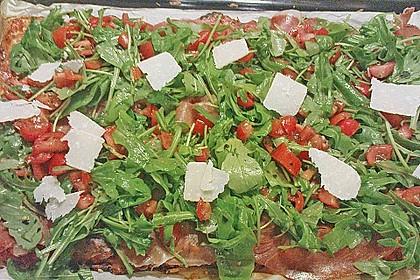 Rucola - Pizza mit Parmaschinken 14