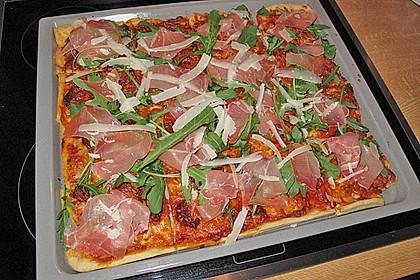 Rucola - Pizza mit Parmaschinken 17