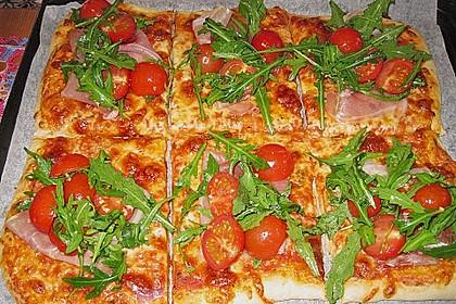 Rucola - Pizza mit Parmaschinken 27