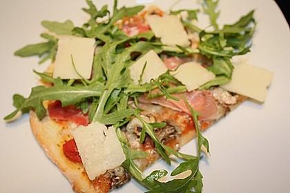 Rucola - Pizza mit Parmaschinken 26