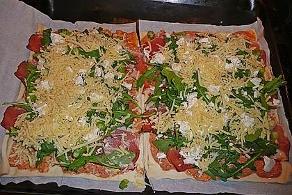 Rucola - Pizza mit Parmaschinken 49