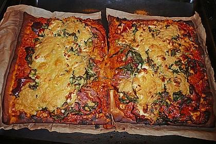 Rucola - Pizza mit Parmaschinken 55