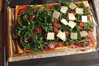 Rucola - Pizza mit Parmaschinken 30