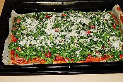 Rucola - Pizza mit Parmaschinken 36