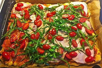 Rucola - Pizza mit Parmaschinken 15