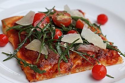 Rucola - Pizza mit Parmaschinken