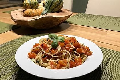 Spaghetti mit frischen Tomaten 9