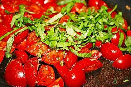 Spaghetti mit frischen Tomaten 15