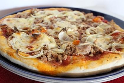 Thunfischpizza (Bild)