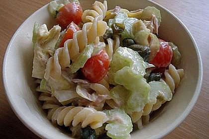 Nudelsalat mit Artischockenherzen und Thunfischsauce 1