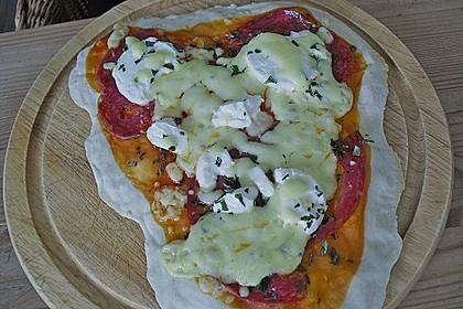 Pizzaboden - dünn und knusprig 111