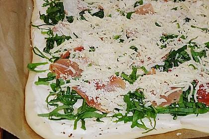 Pizzaboden - dünn und knusprig 8
