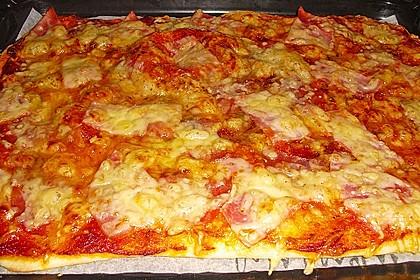 Pizzaboden - dünn und knusprig 1