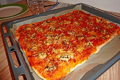 Pizzaboden - dünn und knusprig 4