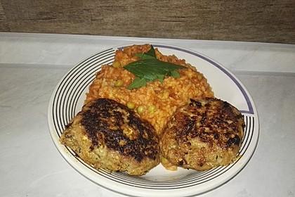 botos Bifteki mit griechischem Tomatenreis 25