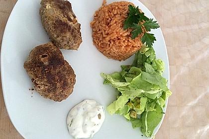 botos Bifteki mit griechischem Tomatenreis 38