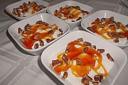 Mousse von griechischem Joghurt mit Honig und Walnüssen 3