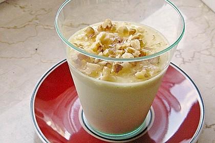 Mousse von griechischem Joghurt mit Honig und Walnüssen 9