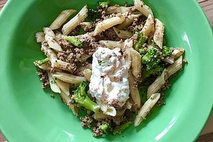 Brokkoli - Hackfleisch - Nudeln mit Joghurt 35