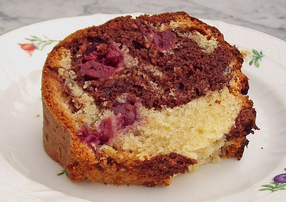 Marmor Eierlikor Kuchen Mit Kirschen Und Nougat Von Mel75