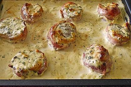 Schweinefilet in Bacon mit Frischkäsesoße überbacken 9