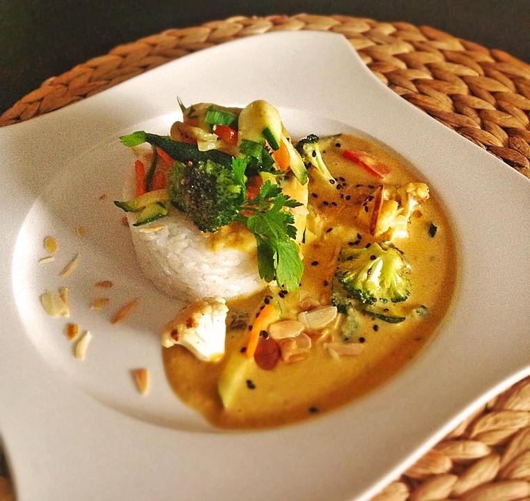 Thai Küche Rezepte | Thai Curry Erdnuss Kokos Huhnchen Von Sazoti Chefkoch De