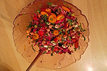 Kichererbsensalat mit roten Zwiebeln und Feta 5