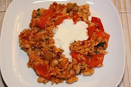 Paprika-Reispfanne mit Joghurtsauce 16