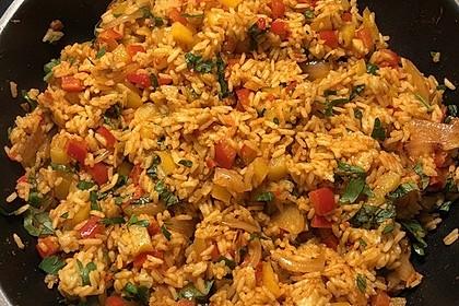 Paprika-Reispfanne mit Joghurtsauce 59