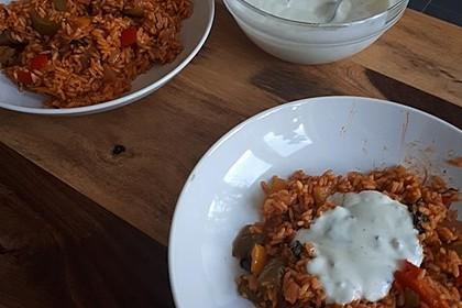 Paprika-Reispfanne mit Joghurtsauce 62