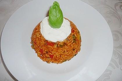 Paprika-Reispfanne mit Joghurtsauce 8
