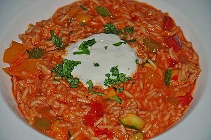 Paprika-Reispfanne mit Joghurtsauce 53