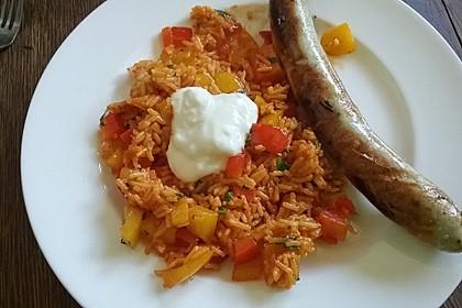 Paprika-Reispfanne mit Joghurtsauce 27