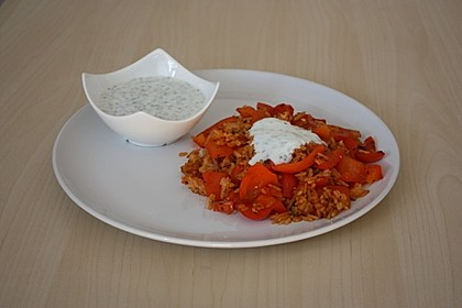 Paprika-Reispfanne mit Joghurtsauce 14