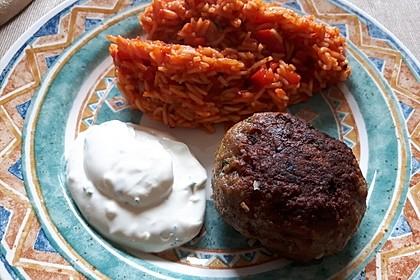 Bifteki mit Schafskäse 3