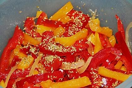 Paprika - Zwiebel - Salat 11